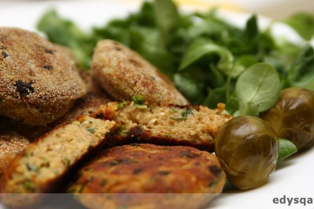 Kotlety z ziemniaków i tofu