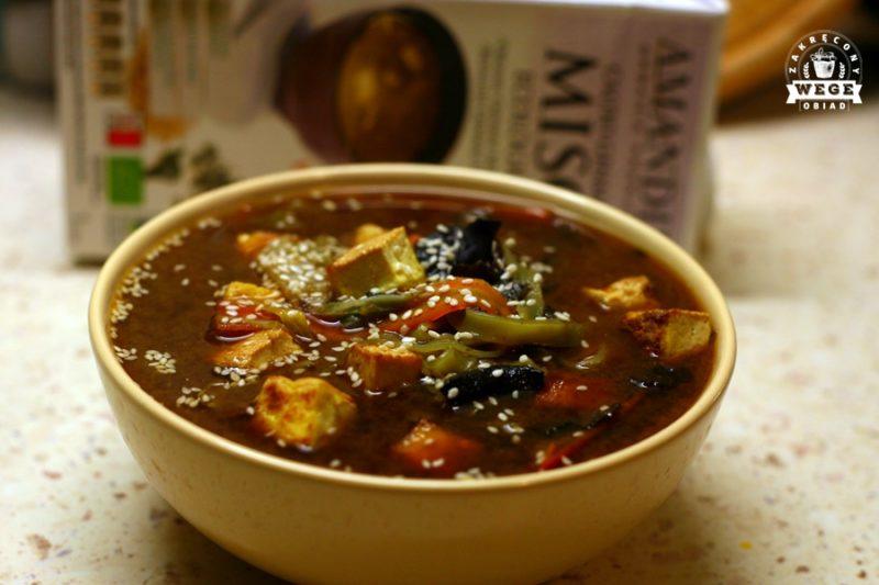 Szybka zupa miso na bulionie Amandin