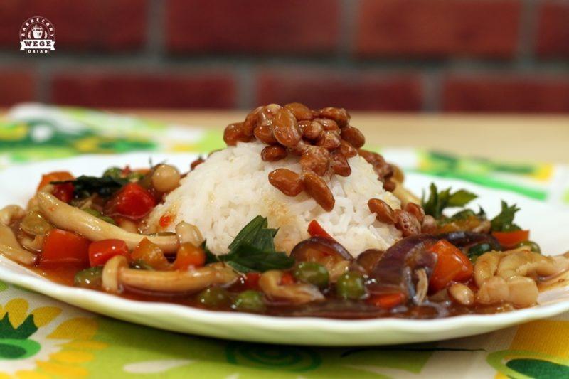 Natto – warzywa rozmaitości z ryżem i natto