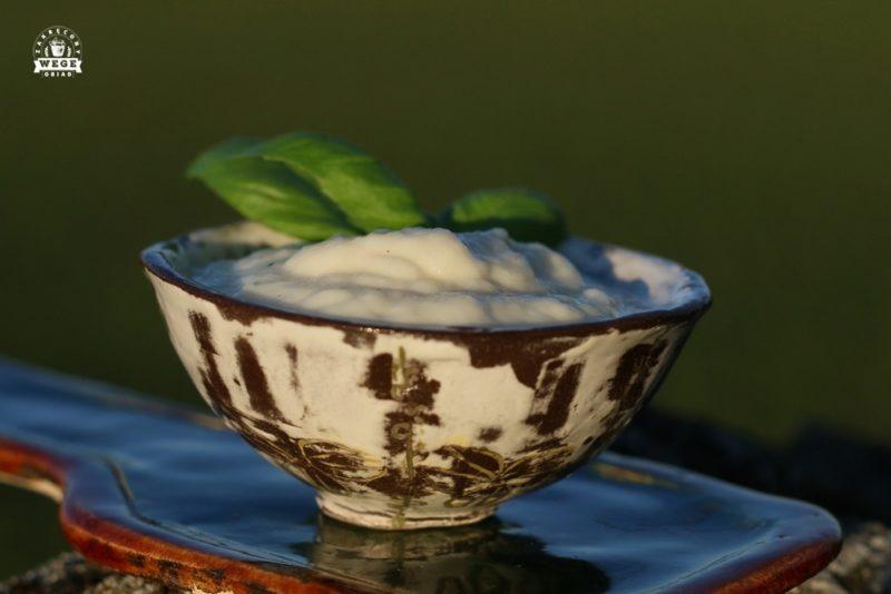 wegańska śmietana z cebuli
