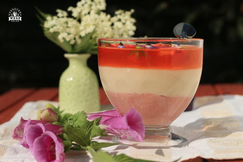 Jogurtowy wegański sernik na zimno