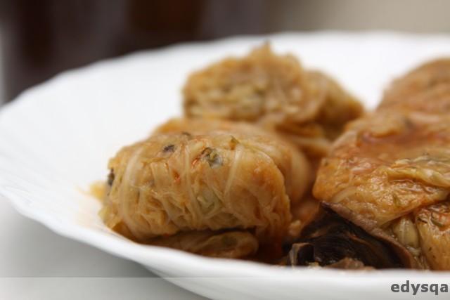 Gołąbki z ryżem, soczewicą i grzybami