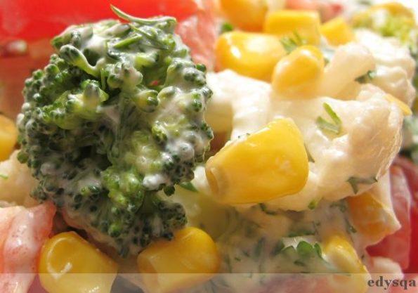 Sałatka z kalafiora i brokułu