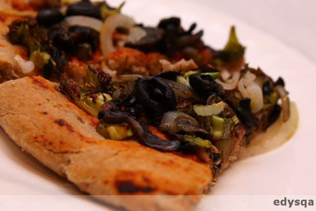 Pizza na gryczanym spodzie – bezglutenowa