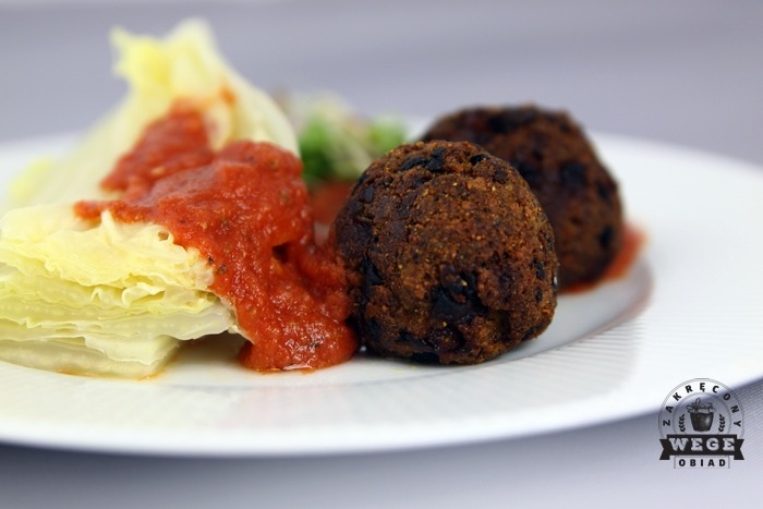 Wegańskie meatballs – pulpety