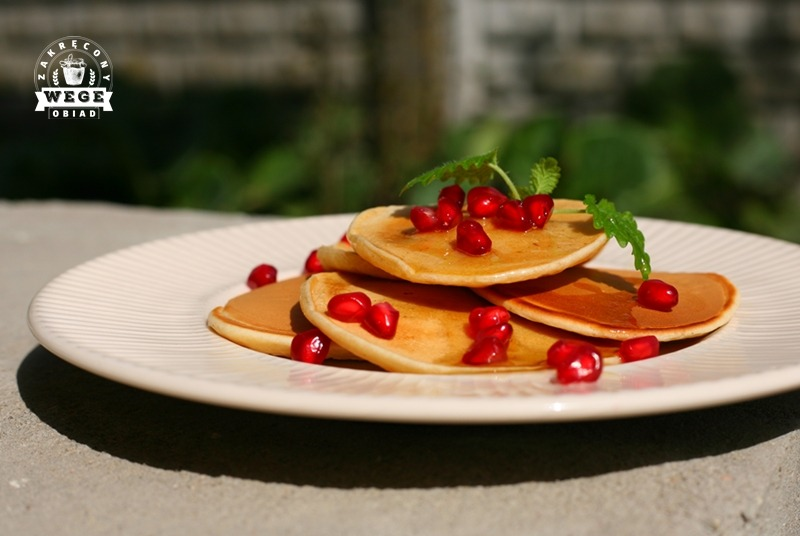 Pankejki (pancakes) z musem jabłkowym