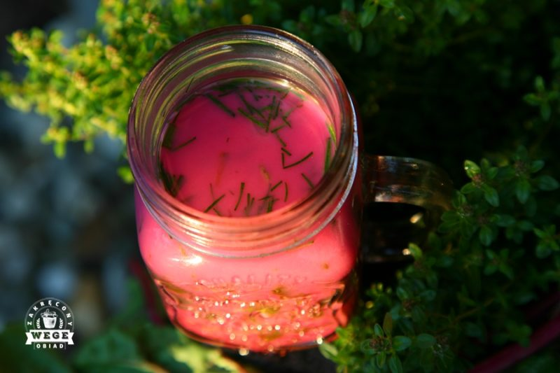 Chłodnik botwinkowo-ogórkowy