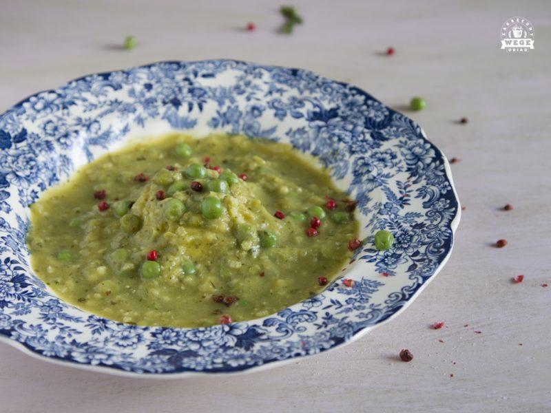 Zupa krem z groszku i cukinii