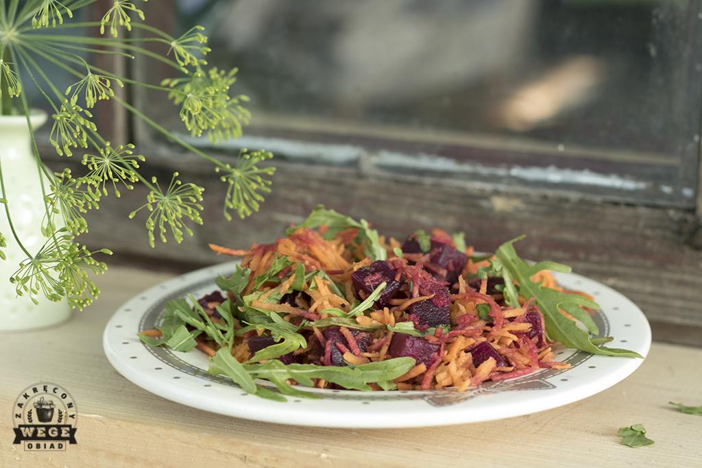 Prosta sałatka z marchewki i buraka – post dr Dąbrowskiej