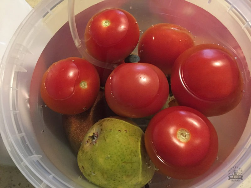 jak oczyścić warzywa i owoce
