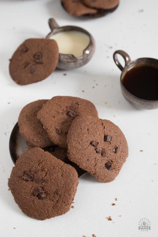 wegańskie ciastka czekoladowe