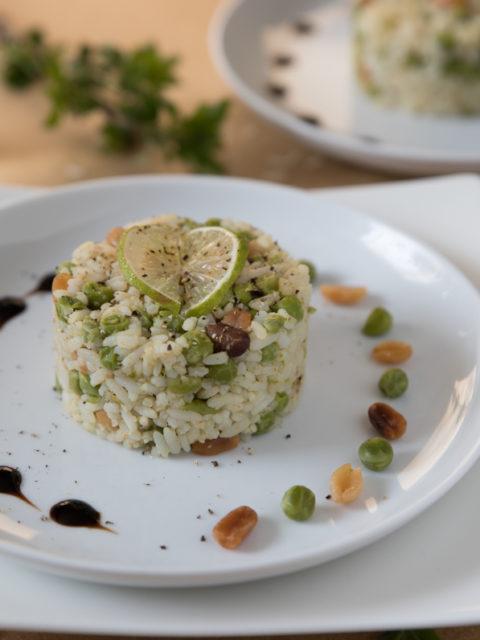 Ryż z groszkiem i orzechami po indyjsku