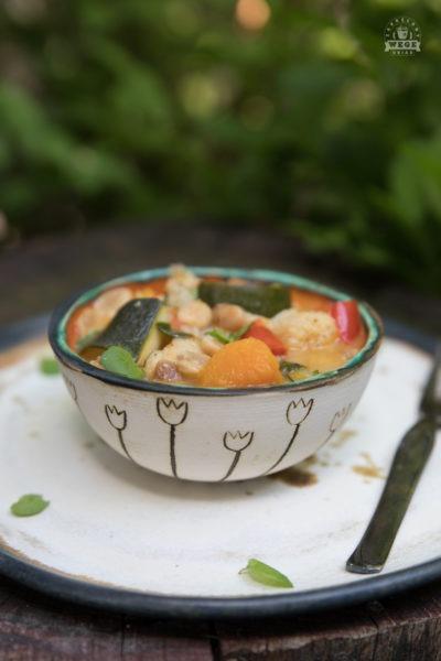 Curry z masłem orzechowym